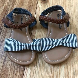 Super adorable baby sandals